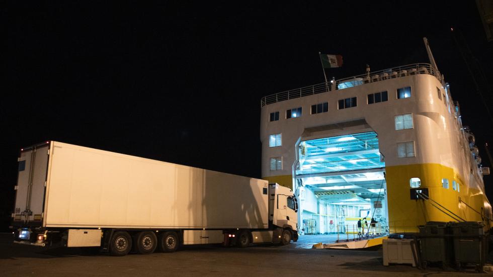 Arranca la primera línea marítima directa a Francia en el Puerto de Cartagena con el cartel de completo - MurciaEconomía.com