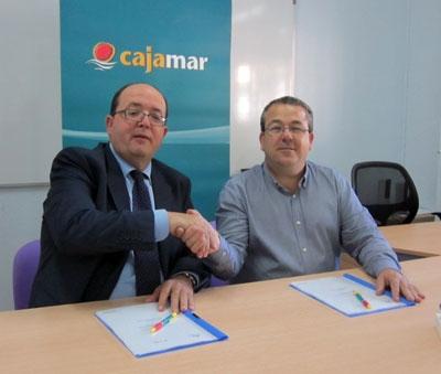 Cajamar facilita liquidez a los comerciantes de Santomera - MurciaEconomía.com