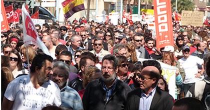 Miles de trabajadores se manifiestan en cartagena contra - Reformas en cartagena ...
